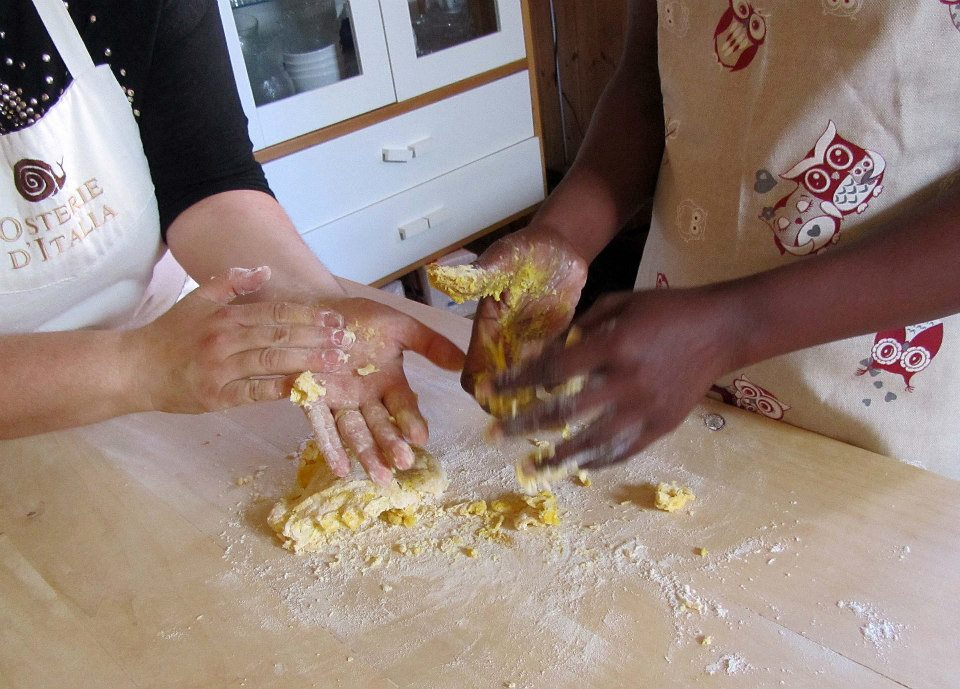21 Giugno: Tramando in cucina – Spazi di relazione interculturale tra donne